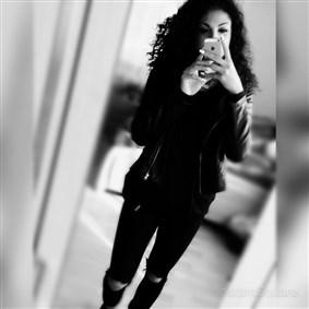 _christina on Boldomatic -