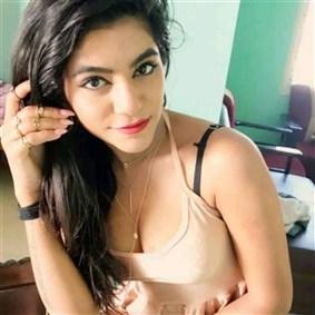 kolkatarajput on Boldomatic - Ishika Rajput is an Individual Kolkata based girl who is passionate about her modeling career.