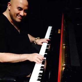 kongmozart on Boldomatic - pianist based in Shanghai, China.