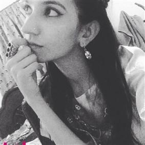 ayesha_khn on Boldomatic -
