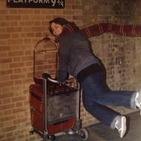 Izzy on Boldomatic - Scheiss auf das wahre Leben, ich geh nach Hogwarts!